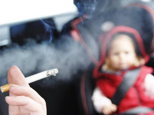 sigaretta in auto